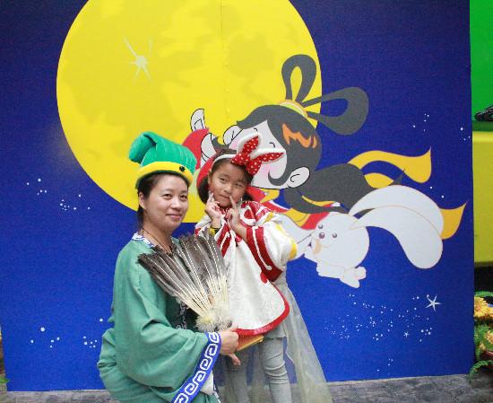 制月饼、做花灯、玩穿越…杭州Do都城里的中秋很够味