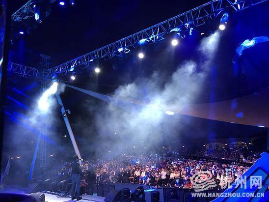 千岛湖啤酒小镇音乐节完美谢幕 - 杭网原创 - 杭州网