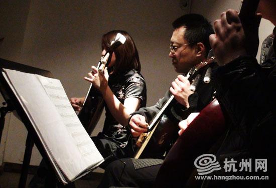 中阮演奏方法(改4) - 龙吟 - gaojinquan1981@126的博客