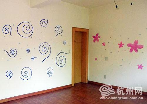墙上贴上了小动物