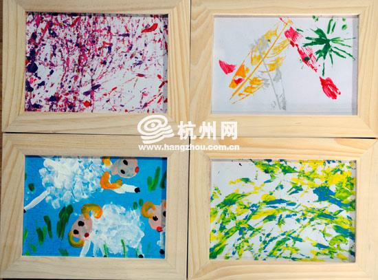 孩子们的画,左下方的那幅小羊是用小手指点出来的,右上方的那幅