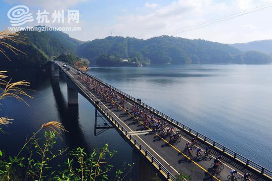 此次单车成人礼骑行路线为千岛湖绿道的淳杨线,从千岛湖秀水广场出发