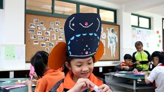 香港桥小学与长寿一小学缔结为友好小学学校木工坊图片